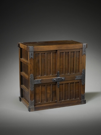6934 A four-door keyaki wood (Japanese zelkova) tansu (cabinet). Japan 19